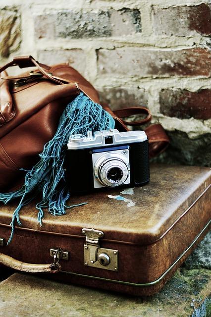 luggage-3167372_640